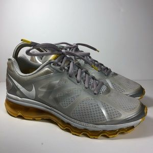 Air Max 2012 Live Strong Sz. 9 Women